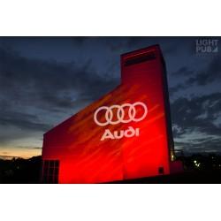 Luminaire extérieur pour projection de motif, logo ou publicité lumineuse sur mur, façade ou sol.