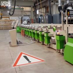 Projecteur pictogramme lumineux sécurité usine, entrepôt, machine